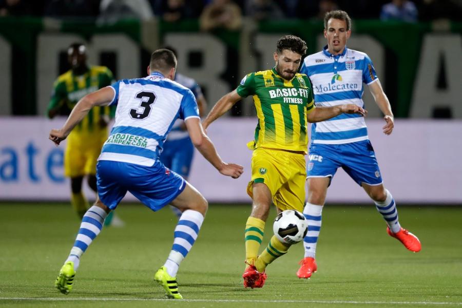 Ado verliest met 2-1 van Zwolle.