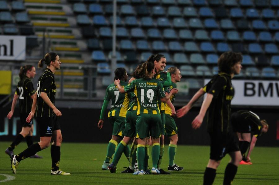 Kleurplaten Voetbal Lierse.Wedstrijdverslag Ado Vrouwen Wint Nu Wel Vanaf De Stip