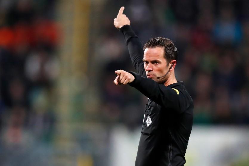 Bas Nijhuis scheidsrechter bij ADO Den Haag - Feyenoord