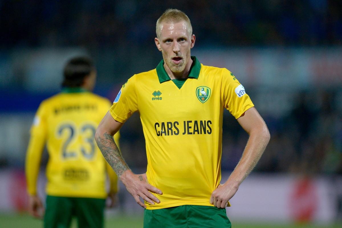 PEC Zwolle maat te groot voor ADO Den Haag: 2-0 nederlaag