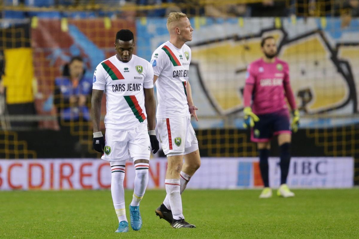Tiental Ado Den Haag in slotfase onderuit bij Vitesse